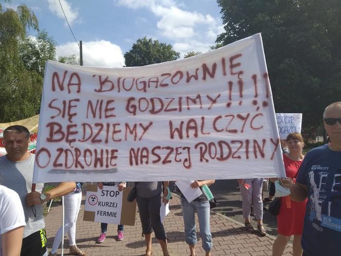 gf-kryn-paPh-1ugB_biogazownia-protest-664x442-nocrop